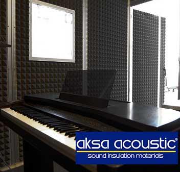 studio-acoustic-pyramid-foam